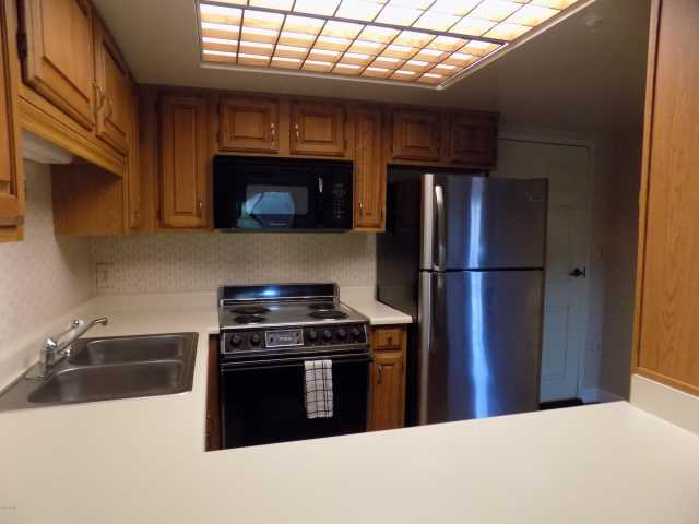 Photo of 10330 W THUNDERBIRD Boulevard #C328, Sun City, AZ 85351