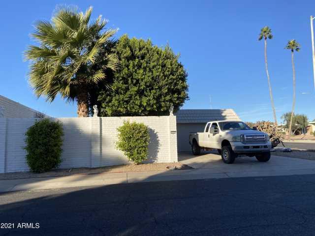 Photo of 10702 W BUCCANEER Way, Sun City, AZ 85351