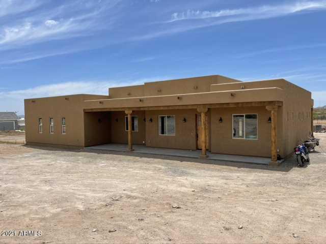 Photo of 3955 BLACK MOUNTAIN Road, Wickenburg, AZ 85390