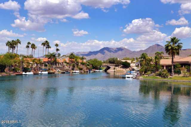 Photo of 10080 E MOUNTAINVIEW LAKE Drive #264, Scottsdale, AZ 85258