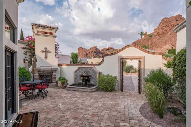 Photo of 5714 N ECHO CANYON Drive, Phoenix, AZ 85018