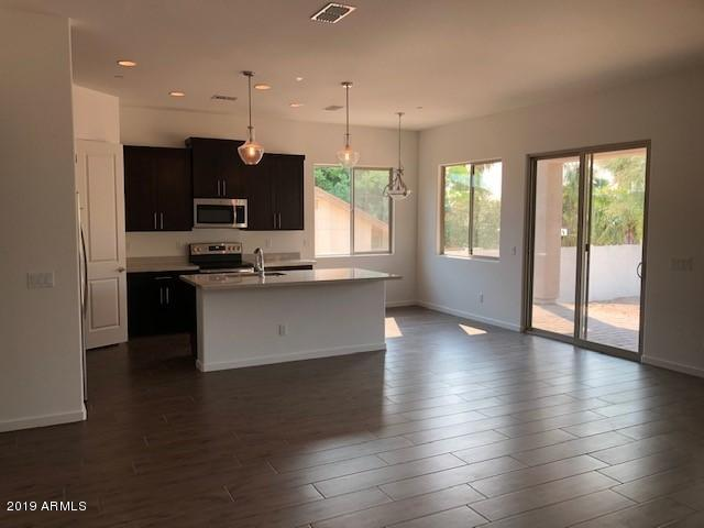 Photo of 16708 E Madre Del Oro Drive, Scottsdale, AZ 85262