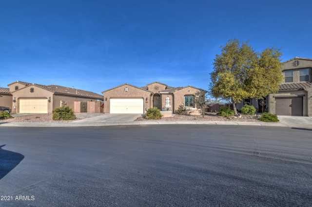 Photo of 40430 W PARKHILL Drive, Maricopa, AZ 85138