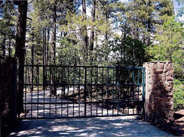 Photo of 1430 E PUMA Place, Munds Park, AZ 86017