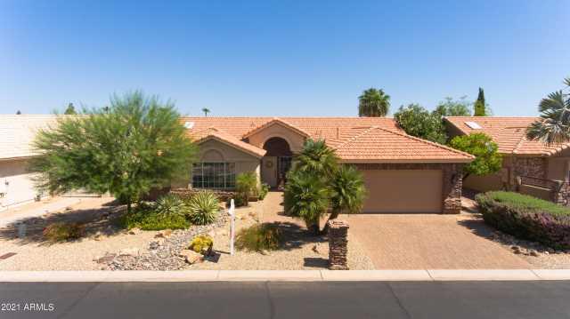 Photo of 9310 E COOPERS HAWK Drive, Sun Lakes, AZ 85248