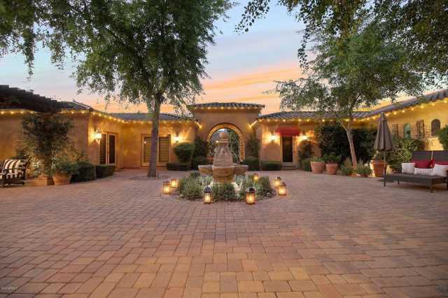 Photo of 9235 W MONTANA DE ORO Drive, Peoria, AZ 85383