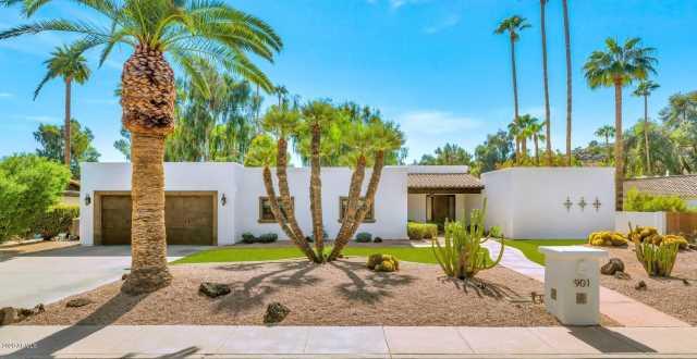 Photo of 901 W Gleneagles Drive, Phoenix, AZ 85023