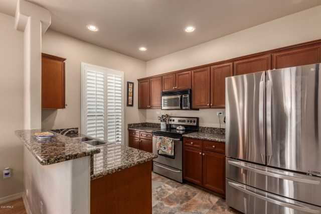 Photo of 20660 N 40TH Street #2022, Phoenix, AZ 85050