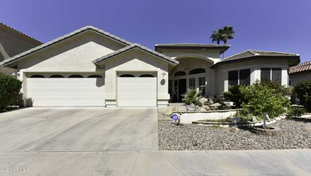 Photo of 1560 W COMMERCE Avenue, Gilbert, AZ 85233