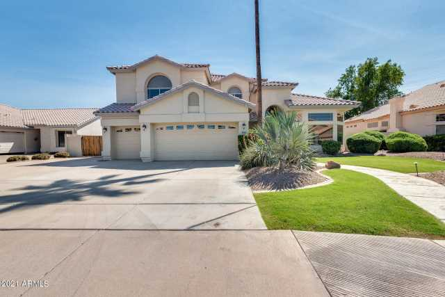 Photo of 2041 E FINLEY Street, Gilbert, AZ 85296