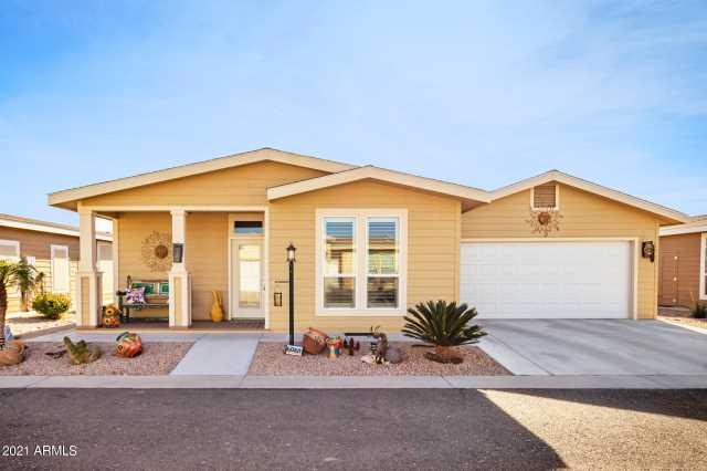 Photo of 3301 S GOLDFIELD Road #6061, Apache Junction, AZ 85119