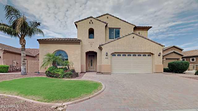 Photo of 3214 S WILSON Drive, Chandler, AZ 85286