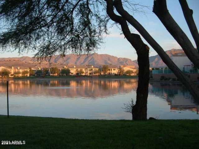 Photo of 16013 S DESERT FOOTHILLS Parkway #1060, Phoenix, AZ 85048