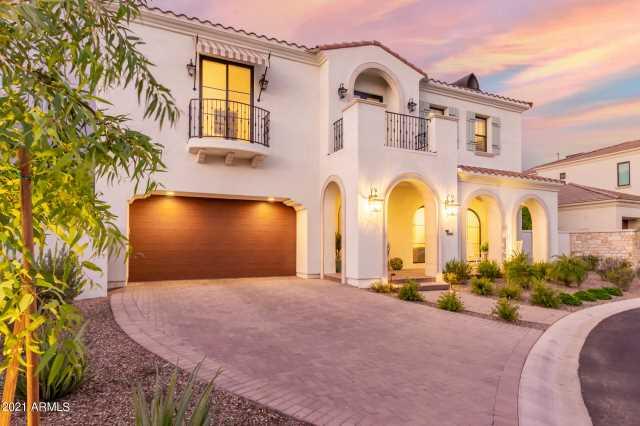Photo of 3906 E CRITTENDEN Lane, Phoenix, AZ 85018