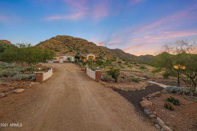 Photo of 33984 N MIRAGE Court, Queen Creek, AZ 85142