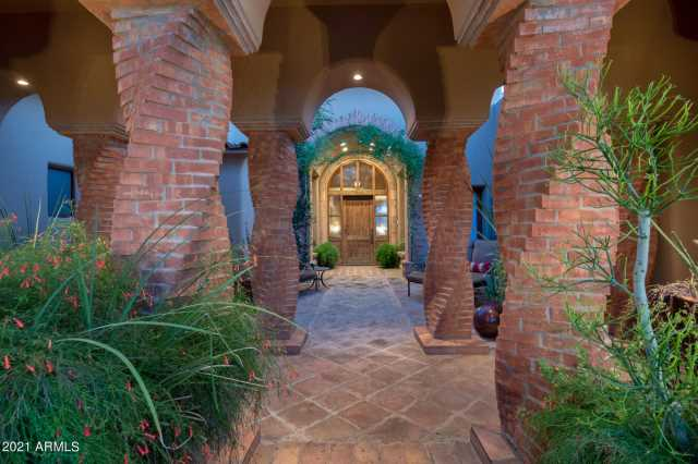 Photo of 11751 E Blue Sky Drive, Scottsdale, AZ 85262