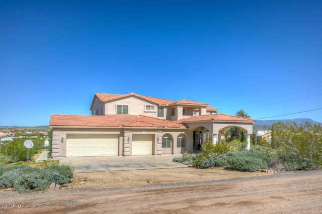 Photo of 3106 W Blue Eagle Lane, Desert Hills, AZ 85086