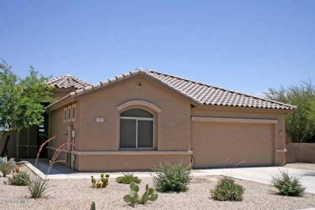 Photo of 17501 W LAVENDER Lane, Goodyear, AZ 85338