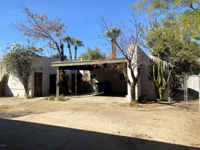 Photo of 1636 E Earll Drive #B, Phoenix, AZ 85016