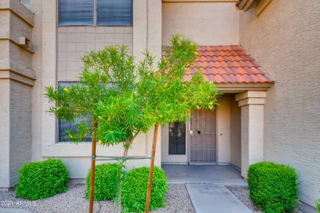 Photo of 3930 W MONTEREY Street #114, Chandler, AZ 85226
