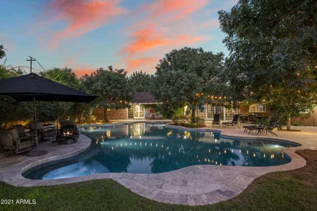 Photo of 6100 N CENTRAL Avenue, Phoenix, AZ 85012
