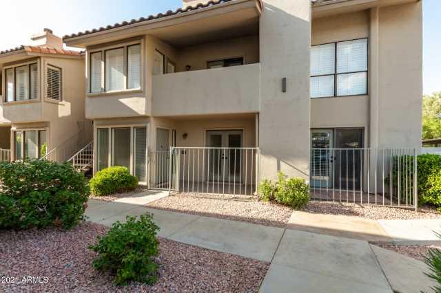 Photo of 1840 E MORTEN Avenue #130, Phoenix, AZ 85020