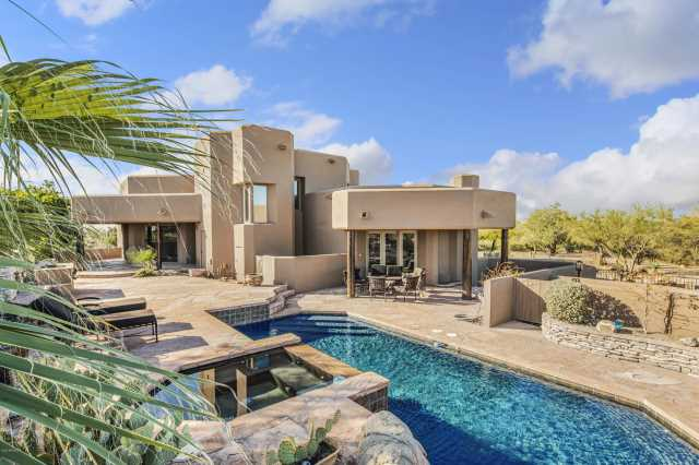 Photo of 8510 E DYNAMITE Boulevard, Scottsdale, AZ 85266