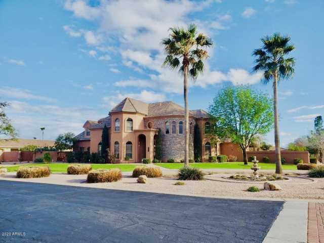 Photo of 11317 E BELLFLOWER Court, Chandler, AZ 85249
