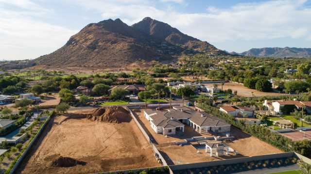 Photo of 5113 N Wilkinson Road, Paradise Valley, AZ 85253