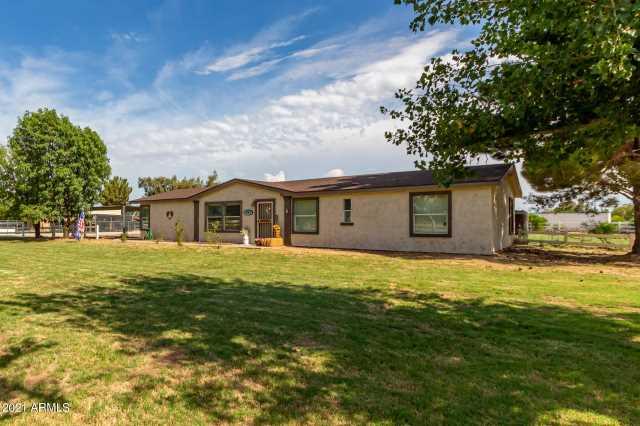Photo of 17605 W GLENDALE Avenue, Waddell, AZ 85355