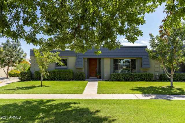 Photo of 2028 W HIGHLAND Avenue, Phoenix, AZ 85015