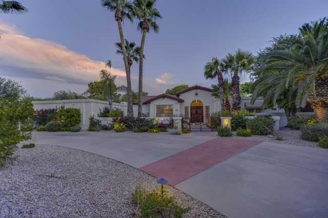 Photo of 6901 E FANFOL Drive, Paradise Valley, AZ 85253