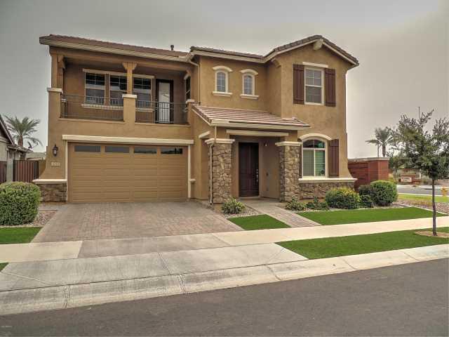 Photo of 2053 S OSBORN Lane, Gilbert, AZ 85295