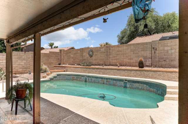 Photo of 2732 E ROCKLEDGE Road, Phoenix, AZ 85048