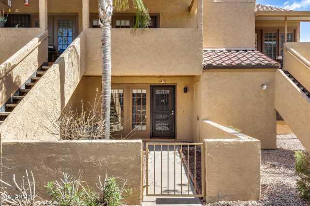 Photo of 4901 S CALLE LOS CERROS Drive #127, Tempe, AZ 85282