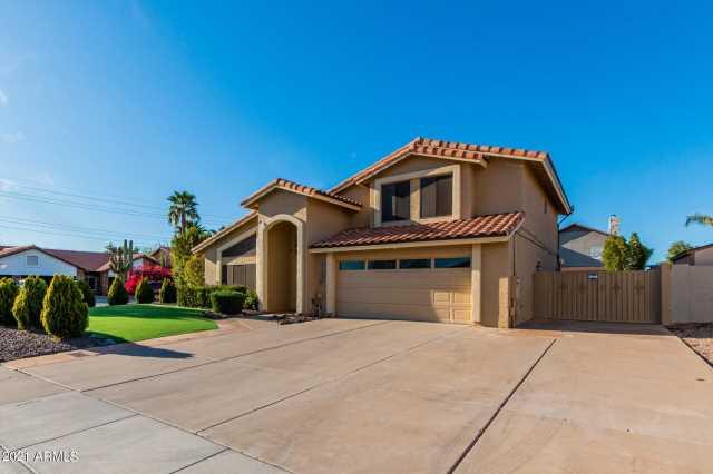 Photo of 5614 E HELENA Drive, Scottsdale, AZ 85254