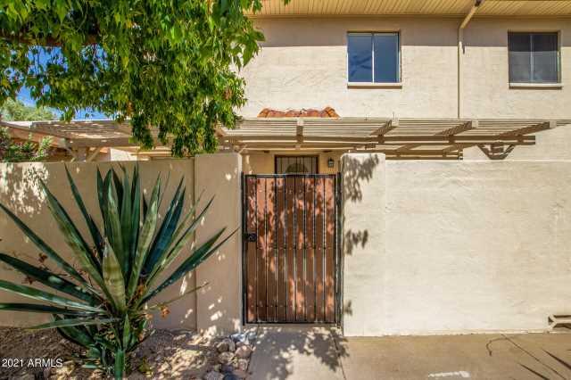 Photo of 720 E JOAN D ARC Avenue, Phoenix, AZ 85022
