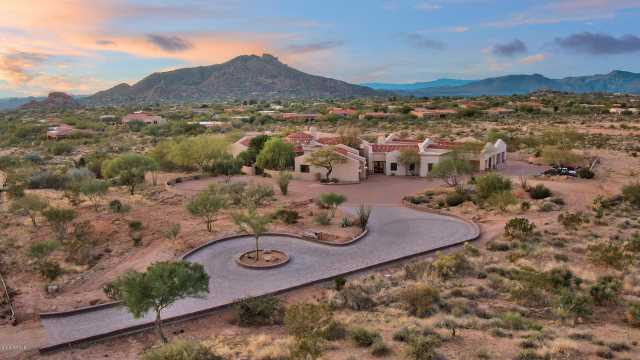 Photo of 8292 E Black Mountain Road, Scottsdale, AZ 85266