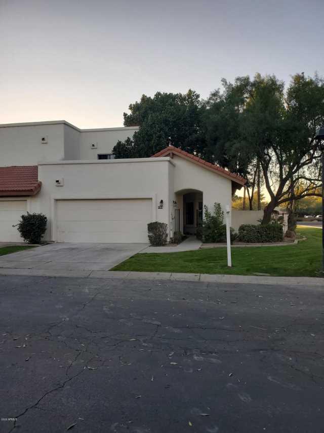 Photo of 8904 S HEATHER Drive, Tempe, AZ 85284