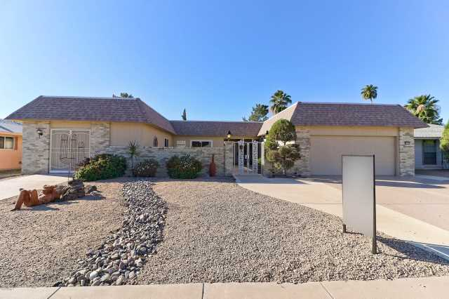 Photo of 9535 W COUNTRY CLUB Drive, Sun City, AZ 85373