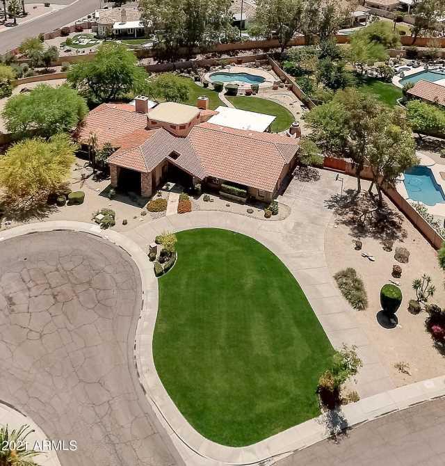 Photo of 9972 E MISSION Lane, Scottsdale, AZ 85258