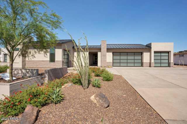 Photo of 19719 N 39TH Drive, Glendale, AZ 85308