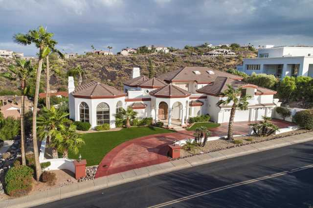 Photo of 14645 N 15TH Drive, Phoenix, AZ 85023