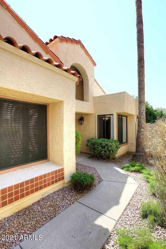 Photo of 10055 E SAN BERNARDO Drive, Scottsdale, AZ 85258