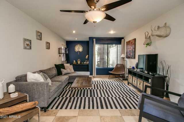Photo of 1302 E MARYLAND Avenue #11, Phoenix, AZ 85014