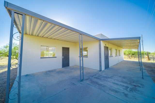 Photo of 38440 NW GRAND Avenue, Morristown, AZ 85342