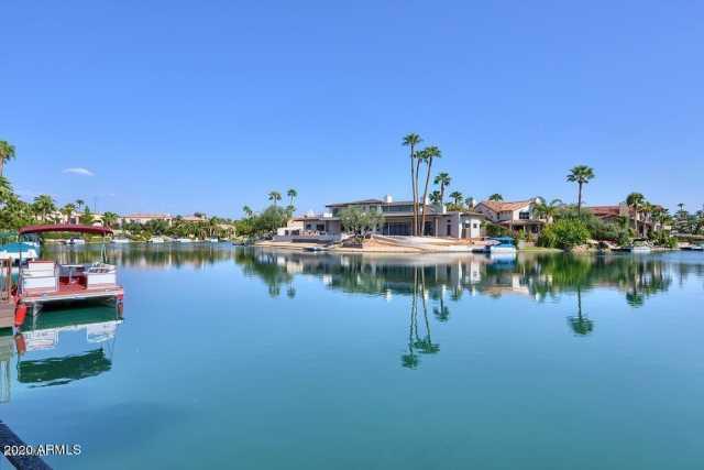 Photo of 9907 E ISLAND Circle, Scottsdale, AZ 85258