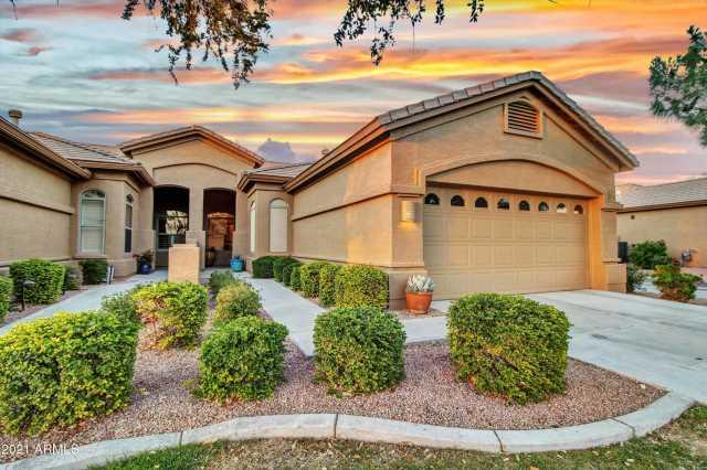 Photo of 9636 E ARROWVALE Drive, Sun Lakes, AZ 85248