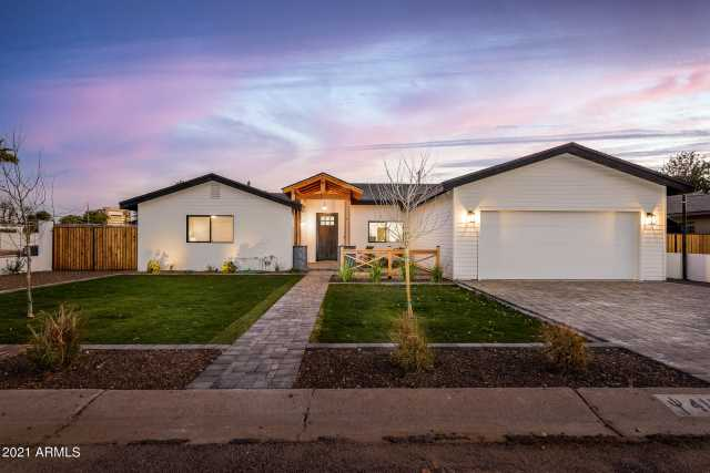 Photo of 4131 E EARLL Drive, Phoenix, AZ 85018