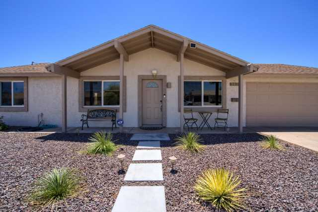 Photo of 3835 E SHEENA Drive, Phoenix, AZ 85032
